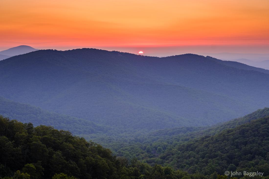 A hot summer sunrise in Shenandoah 1