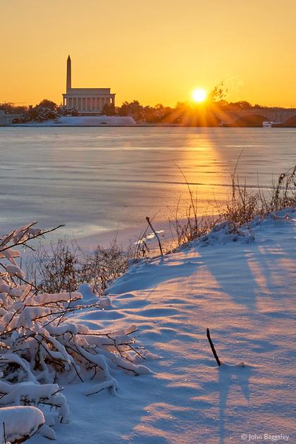 Sunrise over a frozen Potomac