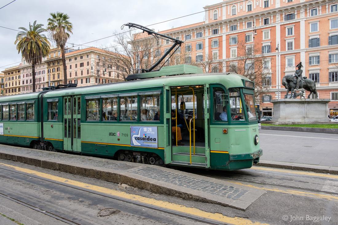 Italian Streetcar